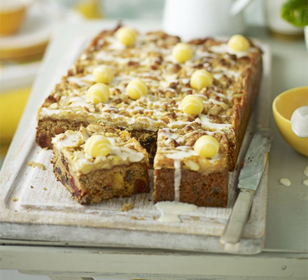 Fruity simnel squares